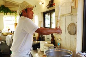 豆乳を絞る画像