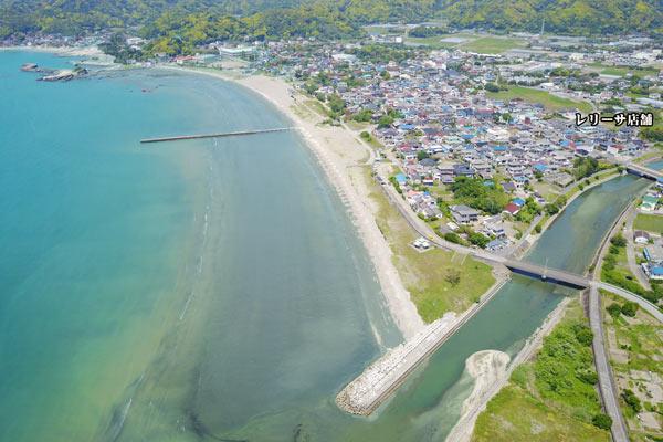 富浦湾上空からレリーサを空撮