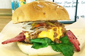 特製ハンバーガーの画像