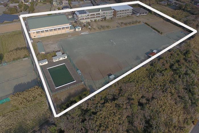 旧和田中学校(空撮)