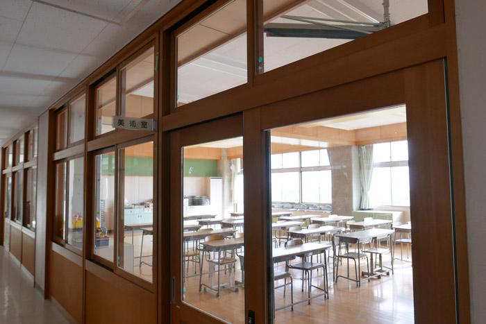 校舎棟2階(美術室)