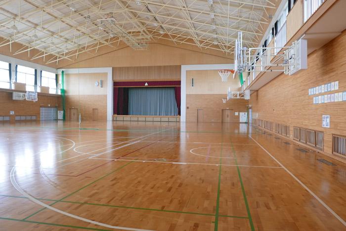 園内運動場(体育館)
