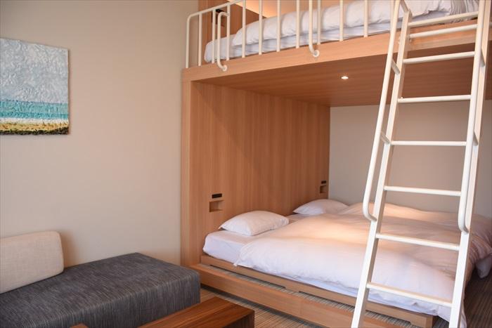 小部屋の2段ベッド